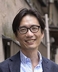 特任教授 湯浅 誠 顔写真
