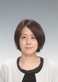 特任研究員 青木 瑛佳 顔写真